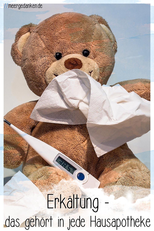 Meine Hausapotheke ist jetzt auf den Herbst und die damit verbundene Erkältungszeit vorbereitet. Hier erfährst du, was man wirklich an Medikamenten braucht.