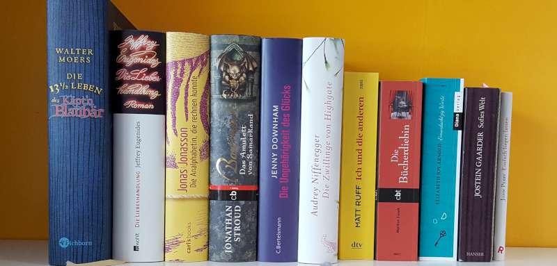 Im Rahmen der #buchpassion-Aktion stelle ich 11 Bücher für Buchliebhaber und Lesemuffel vor. Denn jeder sollte versuchen Bücher zu lieben.