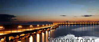 Ein Sonnenaufgang über der Ostsee ist immer etwas ganz besonderes. Vor einer traumhaften Kulisse wie der Mole in Travemünde lohnt für den Anblick auch das frühe Aufstehen.