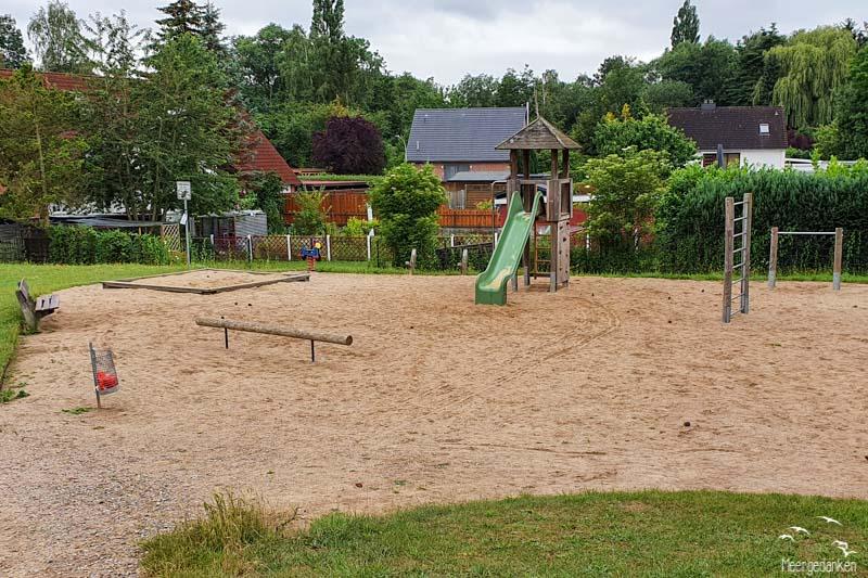 Spielplatz Clever Landstraße