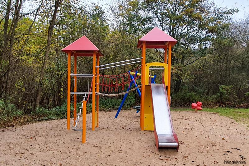 Spielplatz Stockelsdorf Lausitzer Weg neuer Spielturm